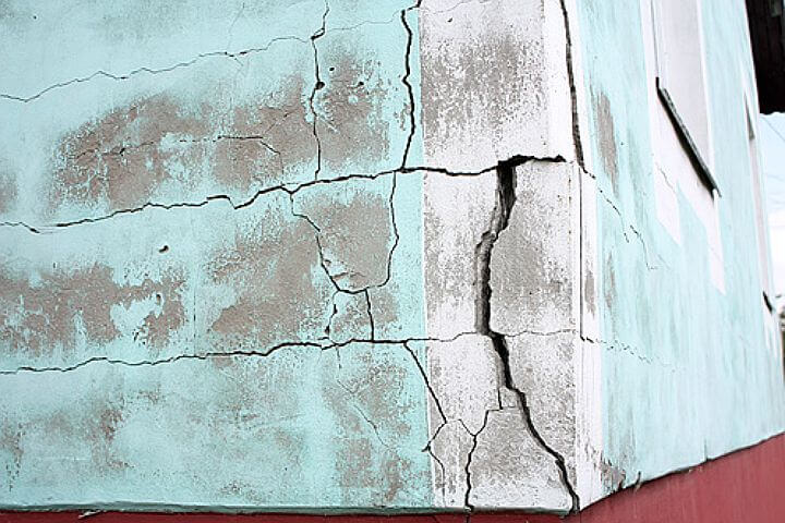 трещина фасада ремонт